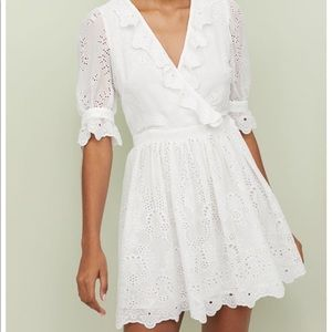 NWT Ruffled dress with embroidery | H&M